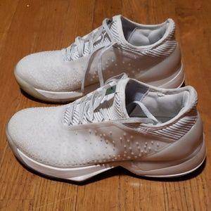Adidas shoes sz 8